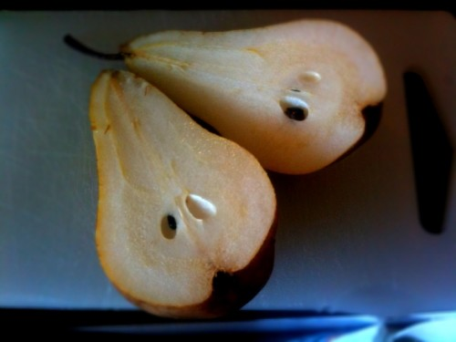 sliced pears from the farmers market